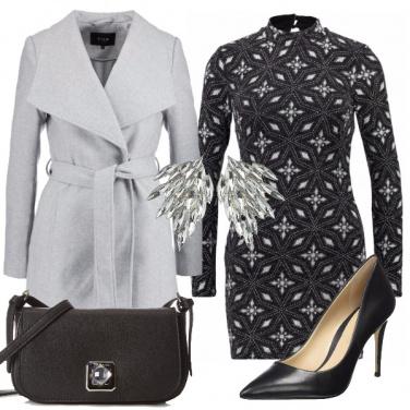 Outfit Vestito corto e tacco 12