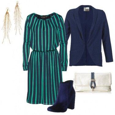 Outfit Righe blu e verdi