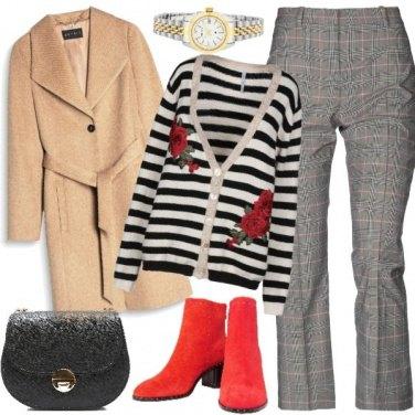Outfit Righe, quadretti e stivaletti rossi