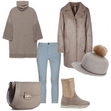 Outfit Il jeans celestino e il montone beige