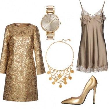 Outfit Monocromatico: giallo oro