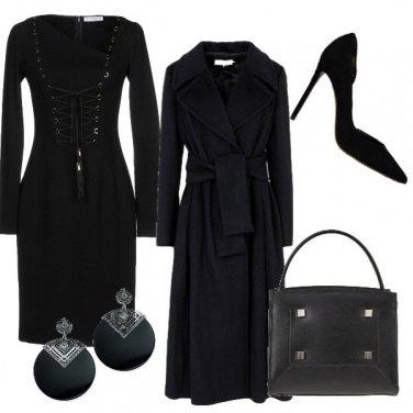 Outfit Vestitino con le nappe
