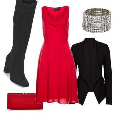 Outfit Capodanno in rosso e nero