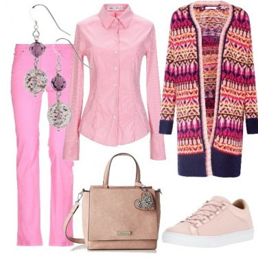 Outfit Rosa etnico