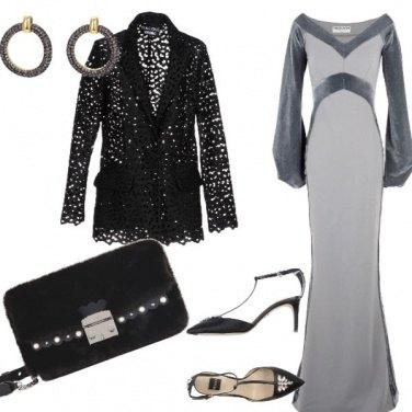 Outfit Capodanno in nero/grigio x il Capricorno