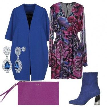 Outfit Blu elettrico e fucsia