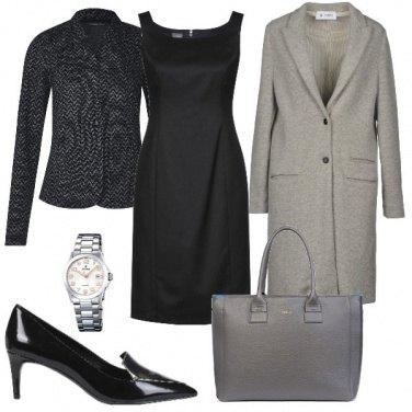 Outfit Iil tubino nero 1: in ufficio