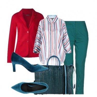 Outfit In ufficio con la giacca rossa