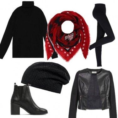 Outfit Total black con punta di colore