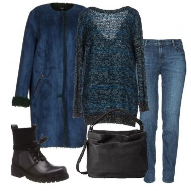 Outfit Il lungo montone blu