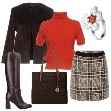 Outfit Un tocco d'arancio nello scozzese