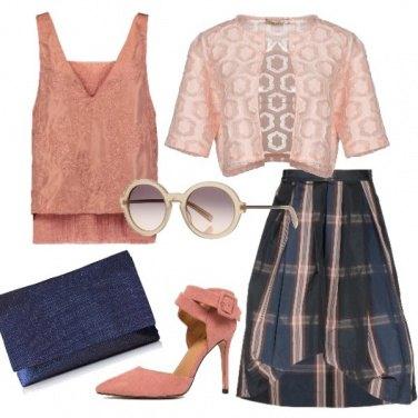 Outfit Blu e rosa cipria