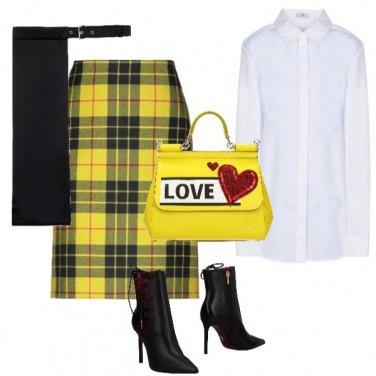 Outfit Scozzese in giallo