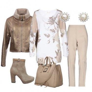 Outfit In centro per i saldi