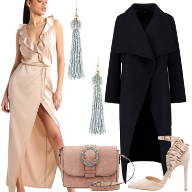 Outfit Sexy in color champagne