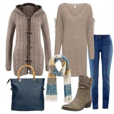 Outfit Abito in maglia jeans e cardigan