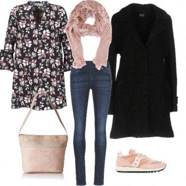 Outfit Fiori rosa