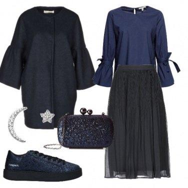 Outfit La longuette con le sneakers