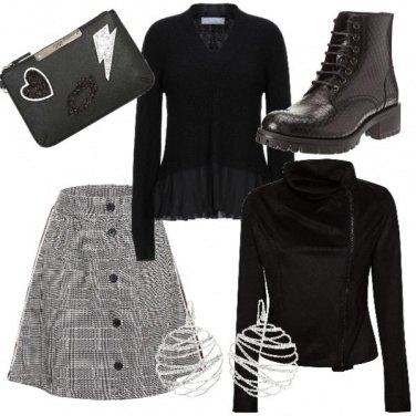 Outfit Anfibi con mini scozzese