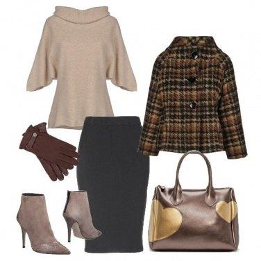 Outfit Raffinata in toni caldi