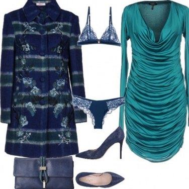Outfit Colori freddi riscaldano l'atmosfera