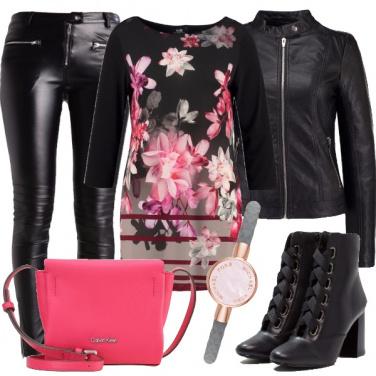 Outfit Un rock floreale