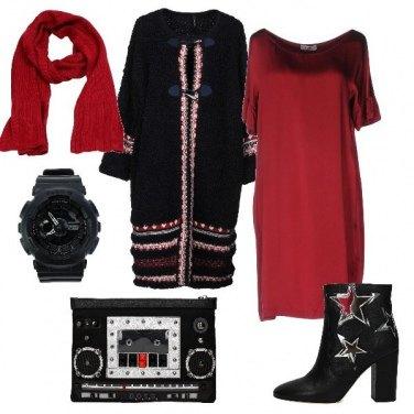Outfit Abito bon ton con accessori rock