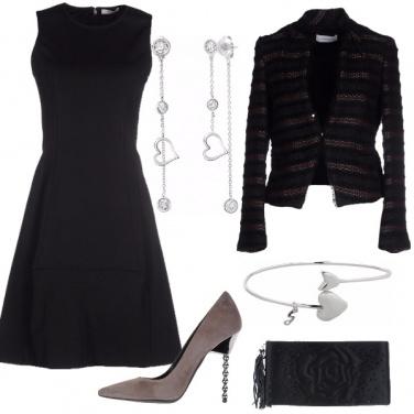 Outfit Chignon e gioielli
