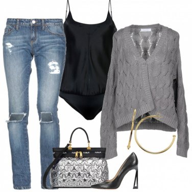Outfit Jeans body e Cardigan