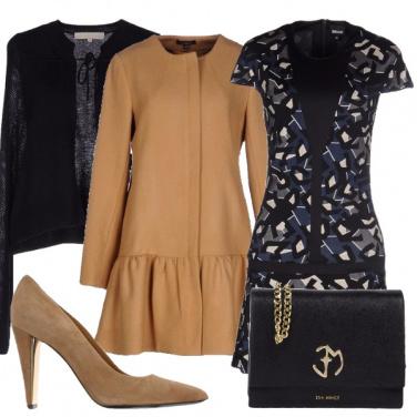 Outfit Il cappotto con la balza