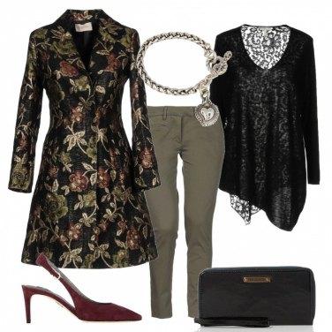 Outfit Il cappotto ricamato
