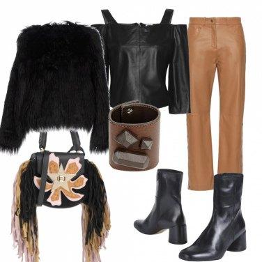 Outfit Borsa trendy con le frange