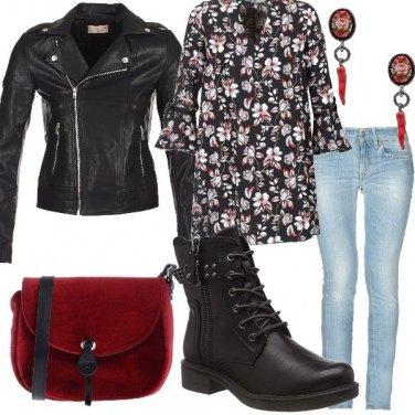 Outfit Anfibi e cornetti portafortuna!!
