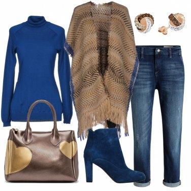 Outfit Tacchi e jeans con il risvolto