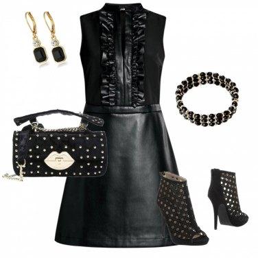 Outfit Rock con ruches e oro