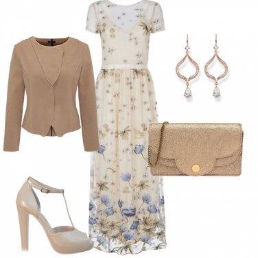 Outfit Eterea bellezza