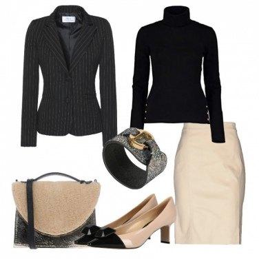 Outfit Nero e sabbia