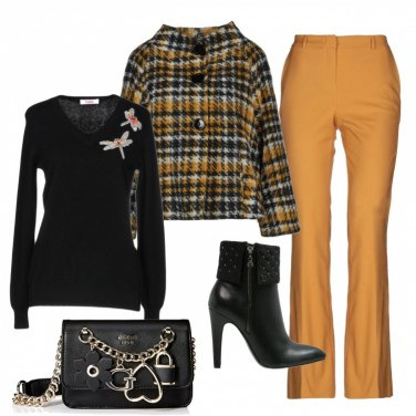 Outfit Glamour in senape