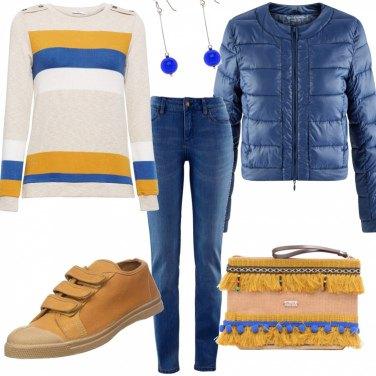 Outfit Strisce e fiori gialli e blu