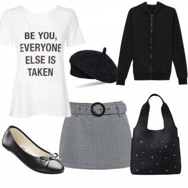 Outfit Giovanissima in bianco e nero