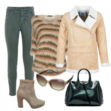 Outfit Trendy green