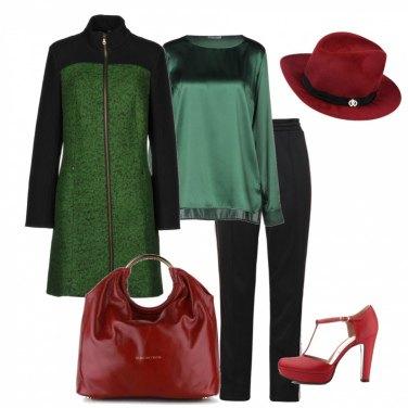 Outfit Rosso e verde in ufficio
