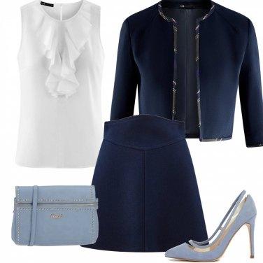 Outfit Classico blu e azzurro polvere