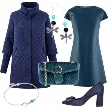 Outfit Tre toni di blu