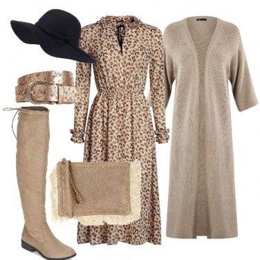 Outfit Mood Bohémien in beige e oro