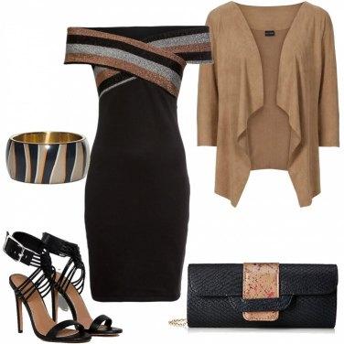 Outfit Un bel tubino nero