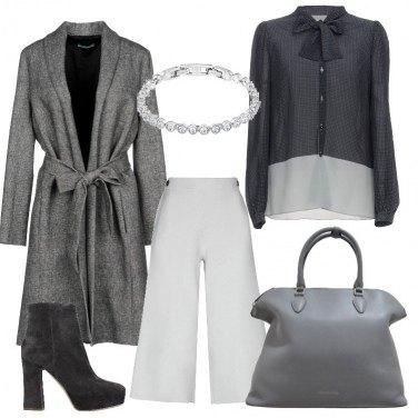 Outfit Cappotto in ufficio