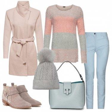 Outfit Calda con i colori pastello