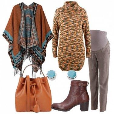 Outfit Caldo pullover e mantella