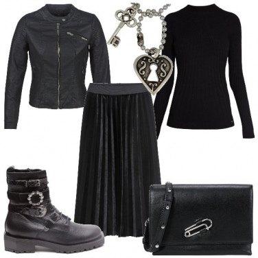 Outfit Nero e metallo